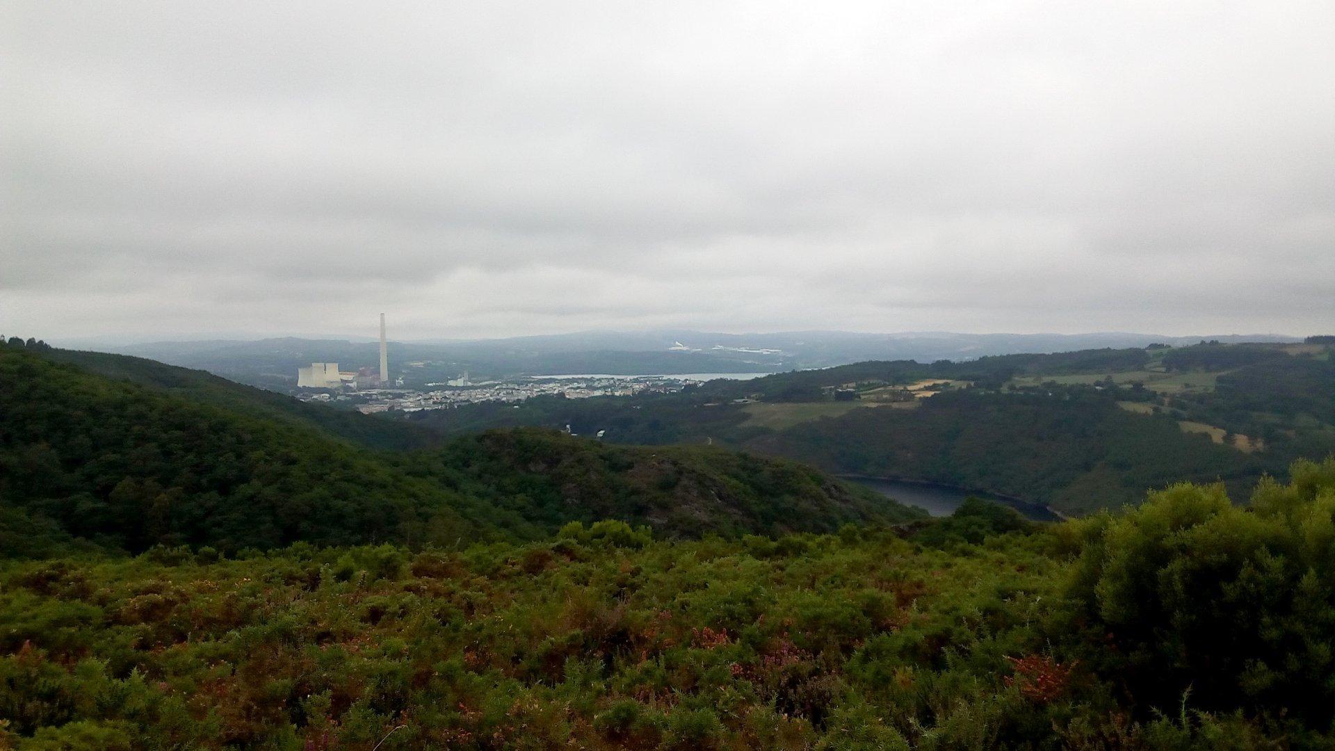 vista desde o km 5.5, As Pontes ao fondo